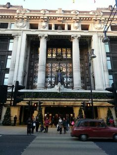 Selfridge's is the inspiration for Sedgwick's department stores.