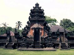 Rambut Siwi Temple-http://www.lovethesepics.com/2012/11/7-sea-temples-of-beautiful-bali-the-island-paradise-of-1000-temples-51-pics/#