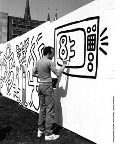 Beyond Banksy Project / Keith Haring at work