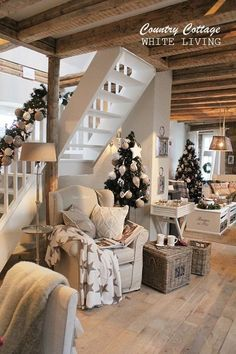 White Living: Country Cottage similar projects and ideas as presented in the picture . - White Living: Country Cottage similar projects and ideas as presented in the picture can also be fo - Country Decor, Farmhouse Decor, Country Homes, Farmhouse Style, Country Cottages, Stone Cottages, English Cottages, Sweet Home, Christmas Home