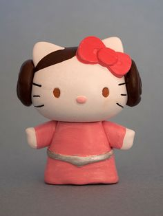 Star Wars Hello Kitty. Must get for Claire. Her brother says this is the only princess allowed in their house.