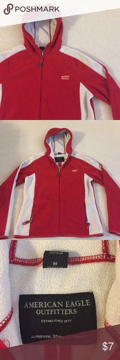 Women's American Eagle Outfitters Sweatshirt Women's American Eagle sweatshirt size medium. Perfect for fall and winter with it's fleece inside and outside. Very comfy and cozy. Red and white with zip front and two zip pockets American Eagle Outfitters Sweaters