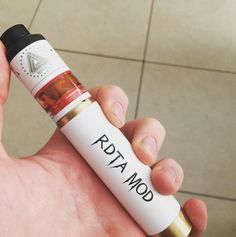 White version of IJOY RDTA Mechanical Mod Kit, 💨💨💨👍🏻👍🏻👍🏻 It includes a Limitless RDTA Classic edition tank and a mechanical Mod, features interchangeable decks, which are compatible with IJOY Combo RDTA. Owen-Ijoy Group Email:sales1@ijoycig.com Skype:ijoy.sales1 Mob/WhatsApp :+86 13163711161 Official website : http://www.ijoycig.com Facebook: https://www.facebook.com/Ijoycigowen #ijoy #rdtamod #limitlessrdta