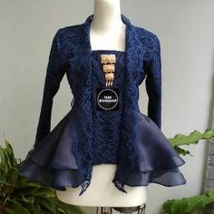 Vintage Wedding Outfit Bridesmaids 53 Ideas For 2019 Kebaya Kutu Baru Modern, Model Kebaya Brokat Modern, Kebaya Modern Hijab, Dress Brokat Modern, Model Kebaya Modern Muslim, Kebaya Muslim, Kebaya Hijab, Popular Dresses, Dresses For Teens