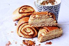 Fahéjas csigatekercs – mintha kürtős kalácsba harapnánk Hungarian Cake, Hungarian Recipes, Sweet Cookies, Sweet Treats, A 17, Cinnamon, French Toast, Cupcake, Recipies