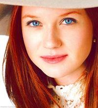 Bonnie Wright!!!  Ginny Weasley!!!!!!