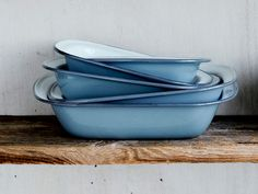What's timeless and utilitarian? Enamelware! Love these baking pans from Brookfarm General Store.