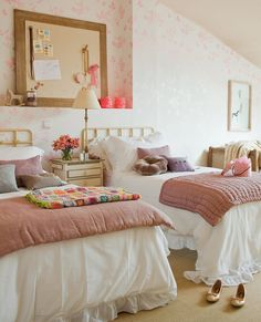 〚 Kids room for more than one child: 10 examples 〛 ◾ Photos ◾Ideas◾ Design Teen Girl Bedrooms, Little Girl Rooms, Teenage Room, Style Vintage, My Room, Bedroom Decor, Bedroom Ideas, Interior, Furniture