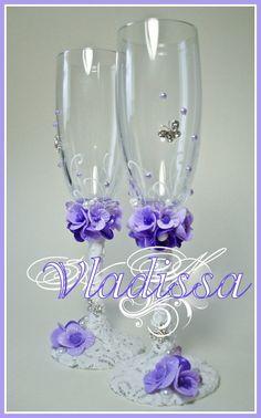Свадебные бокалы с цветами. - Свадебные бокалы, свабедное шампанское, тюнинг кристаллами SWAROVSKI, свадебные подушки, подушки под кольца, б...