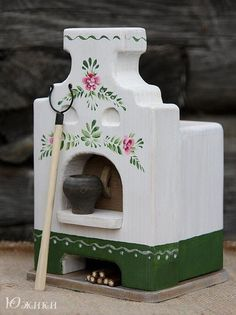 7 Tips For Owning A Fireplace Tiny Furniture, Barbie Furniture, Dollhouse Furniture, Painted Furniture, Stove Accessories, Wood Stove Cooking, Outdoor Oven, Victorian Dolls, Miniature Dolls