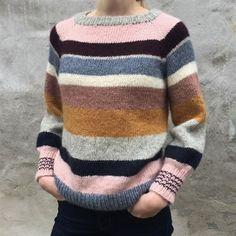 Strikke- Og Hækleopskrifter / Knitting- And Crochetpatterns Estilo Cool, How To Purl Knit, Mohair Sweater, Stripes Design, Baby Knitting, Knitting Patterns, Knitting Designs, Knitwear, Knit Crochet