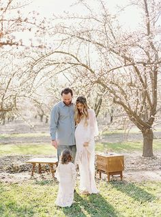 Cherry blossom maternity photos