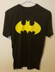 Mens Black Yellow Batman Logo Dry Fit Style Athletic Shirt Size Small 312 #Batman #ShirtsTops