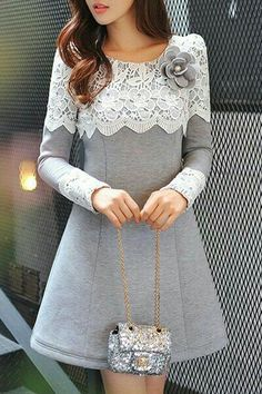 Sweet Long Sleeve Scoop Neck Lace Spliced Flower Pattern Thicken Dress + Brooch For Women ( this dress is cute but it needs to be longer ) Hijab Fashion, Fashion Dresses, Mode Hijab, Sammy Dress, Lovely Dresses, Dress Patterns, Sewing Patterns, Designer Dresses, Ideias Fashion