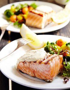 Apetit-reseptit - Sinappikirjolohi kasvisten kera on varma vierastarjottava. #vieraillejajuhlaan #koukussakalaan
