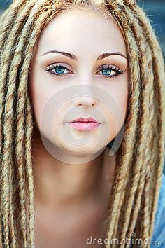 How To Reduce White Hair In Teenage Naturally