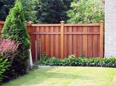 I want to paint the fence.backyard fence painting ideas wooden wood paint color best for or. Wood Privacy Fence, Privacy Fence Designs, Backyard Privacy, Diy Fence, Cedar Fence, Outdoor Pergola, Backyard Fences, Pergola Plans, Backyard Landscaping