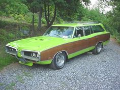 1970 Dodge Coronet 440 Wagon - Cars World Dodge Coronet, Bugatti, Dodge Wagon, Porsche 918 Spyder, Station Wagon Cars, Automobile, Old American Cars, Chrysler Cars, Best Muscle Cars