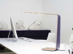 Created by Finnish designer and carpenter Mikko Kärkkäinen, Tunto LED is a series wooden LED lamps that combine modern technology, wood and simple design Bureau Design, Lighting Concepts, Modern Lighting, Lights Fantastic, Led Technology, Led Lamp, Floating Nightstand, Decoration, Simple Designs