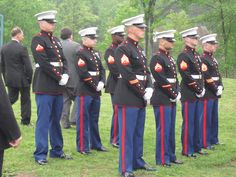 USMC Honor Guard at graveside