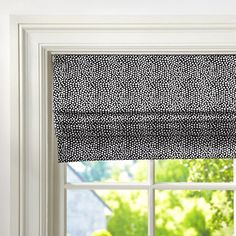 Mini Dot Cordless Roman Shade // #windowtreatments #updates