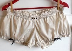Colette Patterns : FREE Madeleine Mini Bloomers Sewing Pattern!