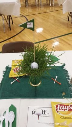 Best No Cost golf tournament ideas Style If you are seeking an amazing (and productive) solution to raise income for a charitable trust and also business, nevertheless have finished hosting t. Golf Centerpieces, Golf Theme, Diy Hacks, Party Themes, Party Ideas, Table Decorations, Holiday Decor, Christmas, Volunteer Ideas