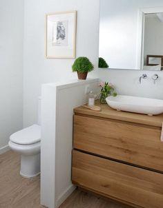 ▷ 1001 + Ideas for a bathroom + how to make a dream decoration in a very small bathroom Very Small Bathroom, Bathroom Design Small, Bathroom Layout, Bathroom Colors, Bathroom Interior Design, Interior Design Living Room, Small Bathrooms, Contemporary Bathrooms, Modern Bathroom