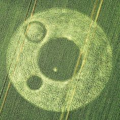 A New Crop Circle reported at Berkley Lane, near Frome. Somerset, UK on the 17th June, 2012.    Photo credit : http://www.cropcircleconnector.com/2012/Berkley/Berkley2012a.html