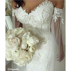 Maravilhoso!!! 😍 #👰 #chegouodia #bride #brides #bridal #dress #weddingdress #casamento #madrinhadecasamento #casamento2016 #casamento2017 #noivas #noivas2016 #noivas2017 #instabride #marriage #wedding #weddingday #photography #savethedate#honeymoon #vestidodenoiva #instawed #instawedding #teambride #love #noiva #sayido #ido #like4like