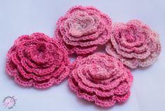 Virkatun ruusun ohje - LANKAHELVETTI Crochet Necklace, Knitting, Rose, Projects, Blog, Accessories, Henna, Crocheting, Crochet Stitches