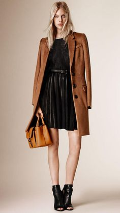 Burberry Vicuna Brown Fitted Virgin Wool Llama Hair Coat - A single-breasted coat in virgin wool and Llama hair blend with lambskin trim.  Cut for clean silhouette, the design features notch lapels, welt and flap pockets and a contrast colour undercollar.  Discover the women's outerwear collection at Burberry.com