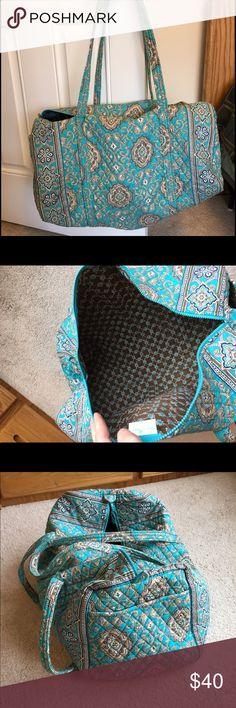 "Vera Bradley large duffel bag Retired pattern totally turq! 22"" W x 11½"" H x 11½"" D - 15"" strap drop. End outside pocket. Gently used. Smoke free home Vera Bradley Bags Travel Bags"