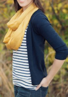 Best how to wear yellow scarf mustard cardigan 19 ideas Casual Skirt Outfits, Modest Outfits, Simple Outfits, Fall Outfits, Mustard Yellow Cardigan, Mustard Scarf, Navy Cardigan Outfit, Smart Casual Women, Circle Scarf