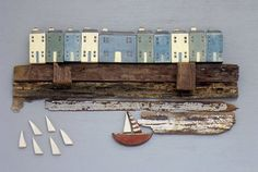 Beautiful seaside scene by one pink goose Driftwood Projects, Driftwood Art, Harbor House, Seaside Decor, Found Object Art, Timber House, Glitter Houses, Tree Sculpture, Beach Crafts