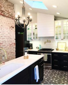 Black kitchen cabinets white uppers