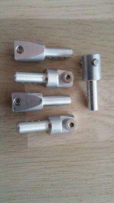 Die neuen Aluminium Karosseriehalter ersetzen die Originale aus Kunststoff.