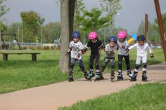 Rollerblade invented and makes the best adjustable inline skates for kids by using Rollerblade performance and fit expertise applied with kids in mind. Inline Skates For Kids, Inline Skating, Field Trips, Inventions, Flow, Rolls, Fitness, Sports, Hs Sports