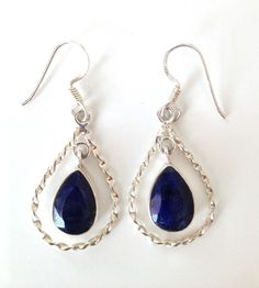 KATE MIDDLETON STYLE RARE Genuine Royal Blue Sapphire Drop Earrings