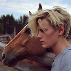Erika Linder with another horse ... <3