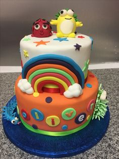 Bright sensory toys cake