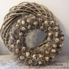 Nydelig vårkrans med vaktelegg og tillandsia - Lilly is Love Easter Wreaths, Christmas Wreaths, Pine Cone Crafts, Decoration Inspiration, Spring Home Decor, Easter Table, Christmas Centerpieces, Diy Wreath, Holidays And Events