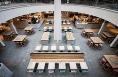 Barstool 1.3 BAR by ZEITRAUM MLC Centre – Sydney Planer: Luchetti Krelle Foto: Michael Weeundefined