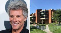La Fondation Jon Bon Jovi a construit 77 maisons pour sans-abri aux États-Unis Jon Bon Jovi, Alternative, Social Work, Ceiling, Messages, United States, Houses, Usa, Homes