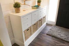 Ikea Entry Post @Remodelaholic 10