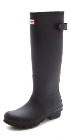 Hunter Boots in dull black, or dull navy