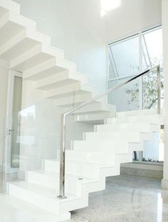 Modern Staircase Design Ideas - Search photos of modern stairs as well as uncover design and design ideas to motivate your own modern staircase remodel, including unique barriers as well as storage . Modern Stair Railing, Stair Railing Design, Modern Stairs, Railing Ideas, Glass Stairs Design, White Stairs, Traditional Staircase, Staircase Remodel, Concrete Stairs