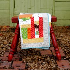 "https://flic.kr/p/7yhntB   Cottage quilt   36""x45"" toddler quilt, sashed in linen.  Blogged @ <a href=""http://blog.urban-patchwork.com/?p=448"" rel=""nofollow"">urban-patchwork</a>"