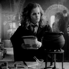 Hermione In potion class