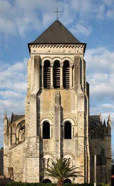 Church Saint-Julien in Tours. Centre